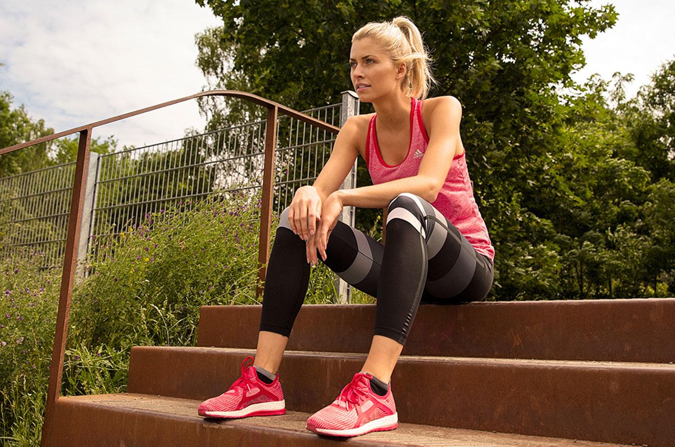 Lena Gercke präsentiert nachhaltige adidas