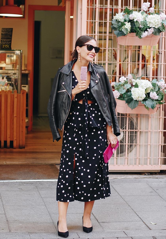Erea Louro im schicken Kleid in Madrid