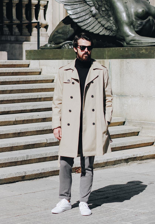 Alex de Marcos im eleganten Look in Madrid
