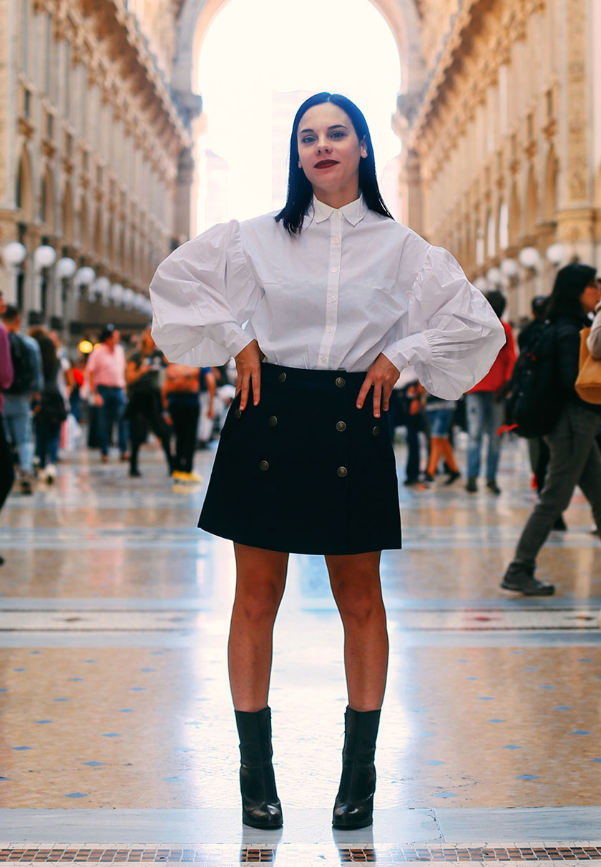 Elena Schiavon im casual Outfit in Mailand