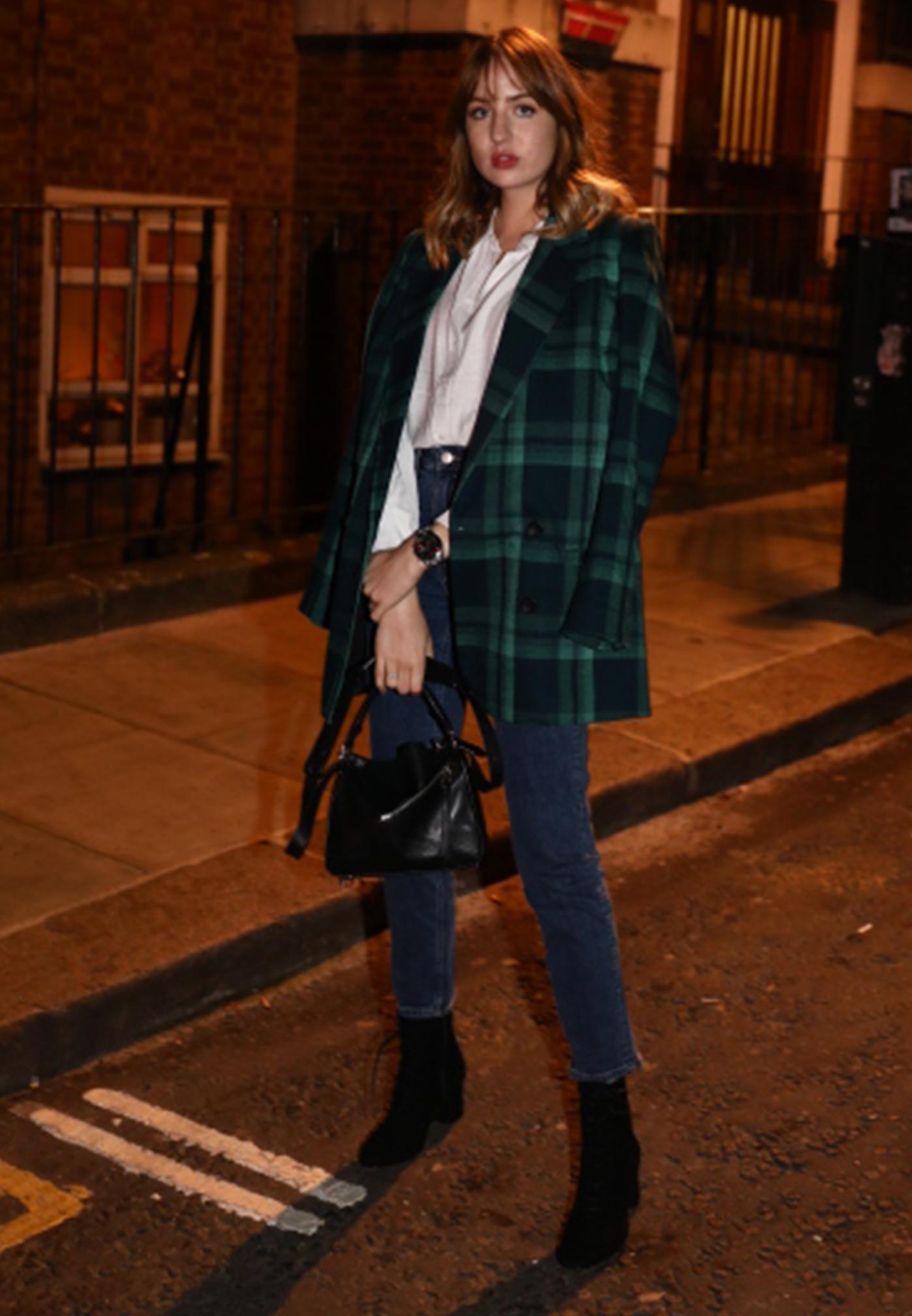 Lizzy auf den Straßen Londons