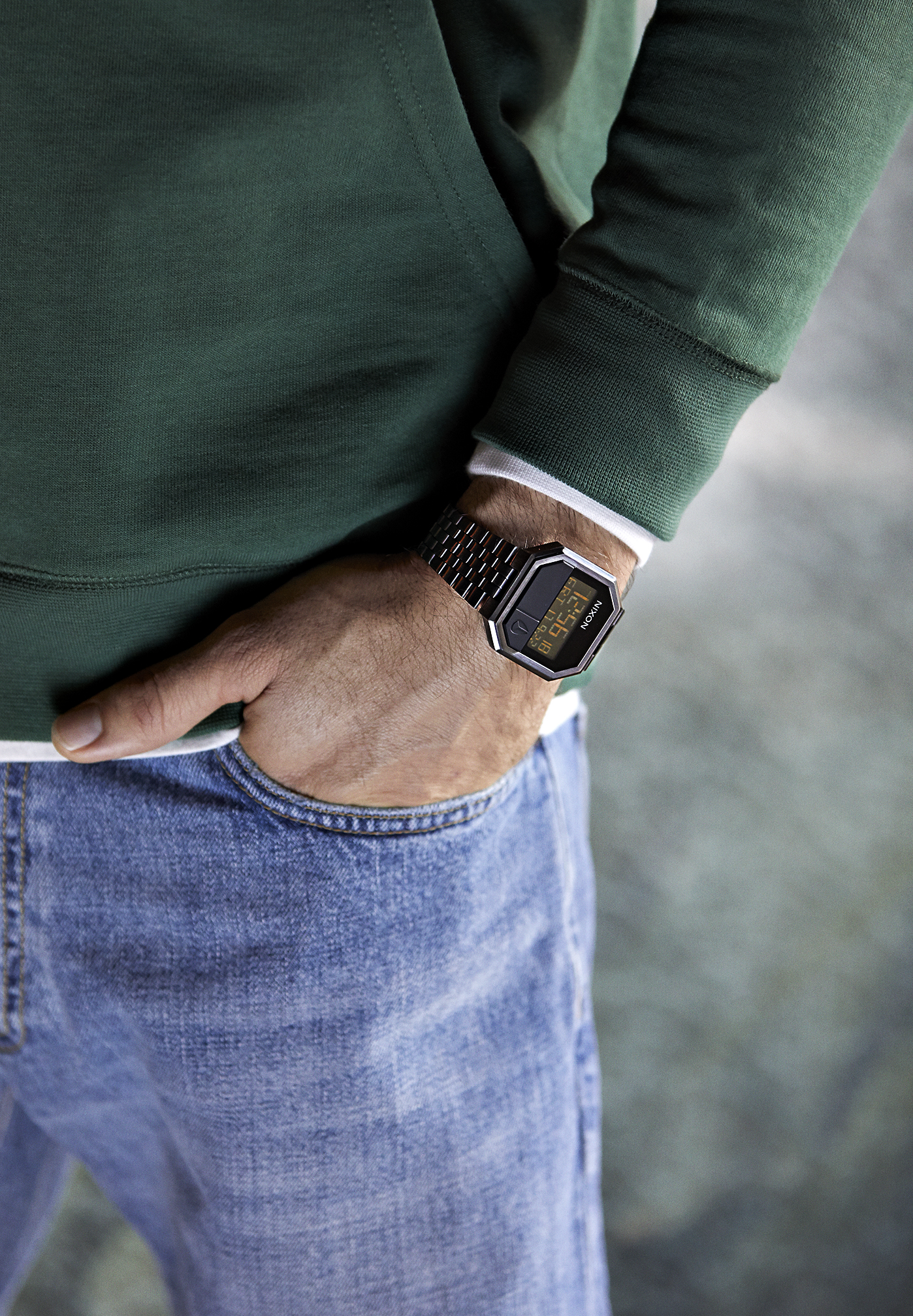 Męski zegarek cyfrowy