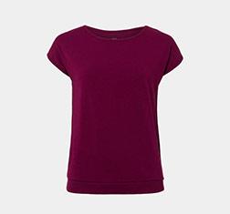 weinrotes Shirt