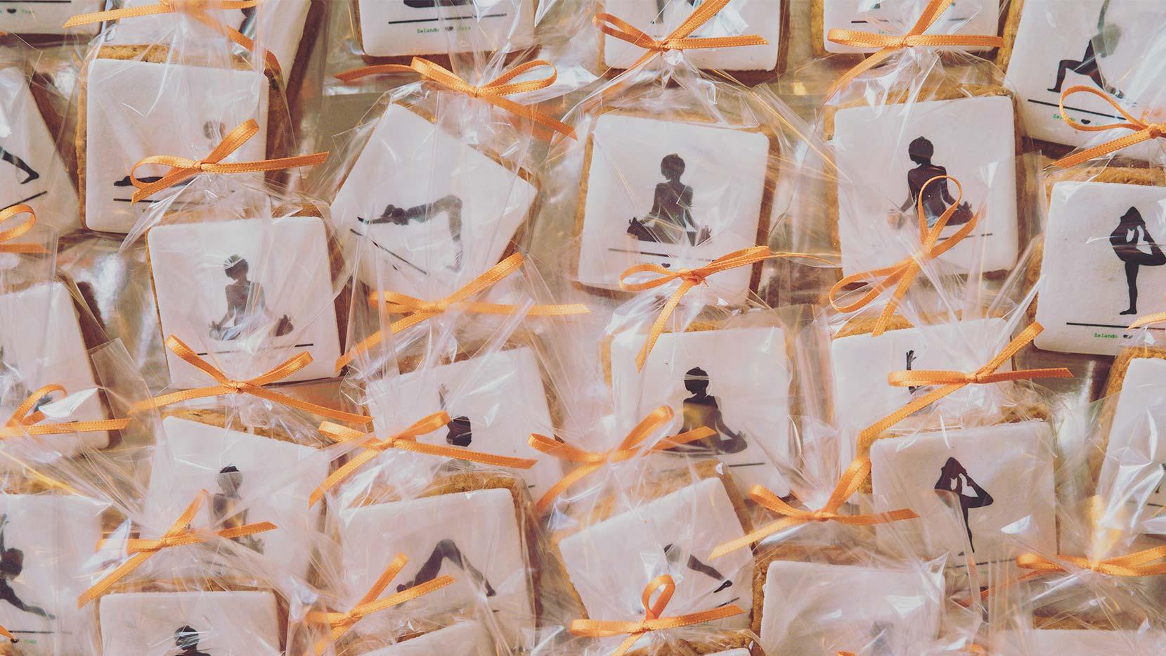 Kekse mit Yogaposen