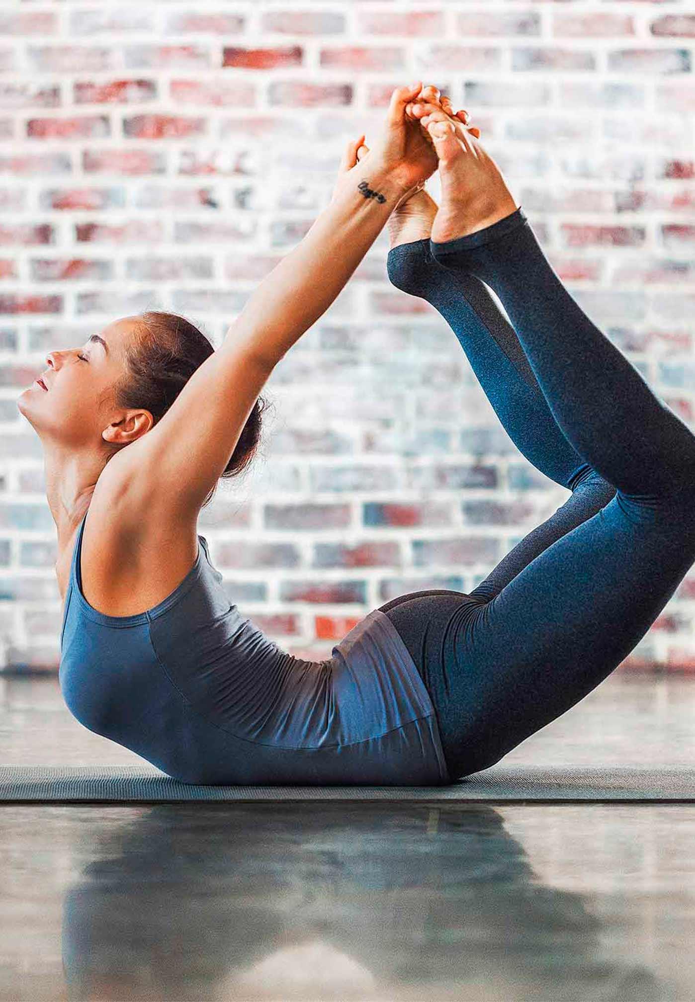 CM_yoga_CW25_yogastyle_Vinyasa.jpg