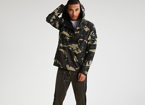 Hollister Co. HOODED CAMO BLOCK - Chaqueta fina - khaki TFzhB5R6k
